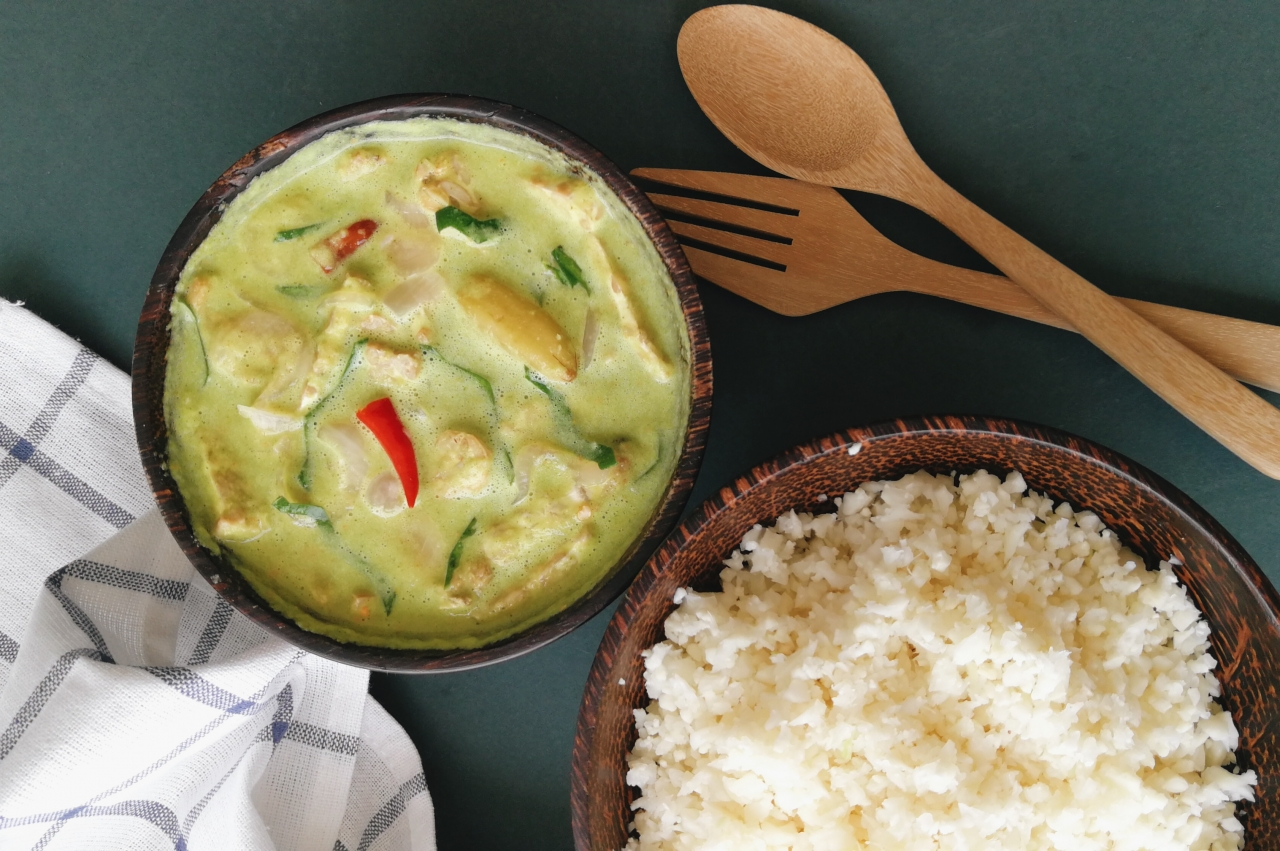 We're Loving This (Almost Raw) Vegan Take On A Malaysian Favourite: Tempeh Masak Lemak Cili Api