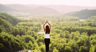 11 important health & wellness trends to watch in 2021 according to experts