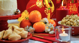 Know The Nutritional Values Of Your Favourite Chinese New Year Snacks