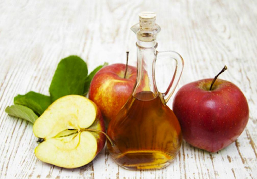 5 Tried & Tested Uses for Apple Cider Vinegar