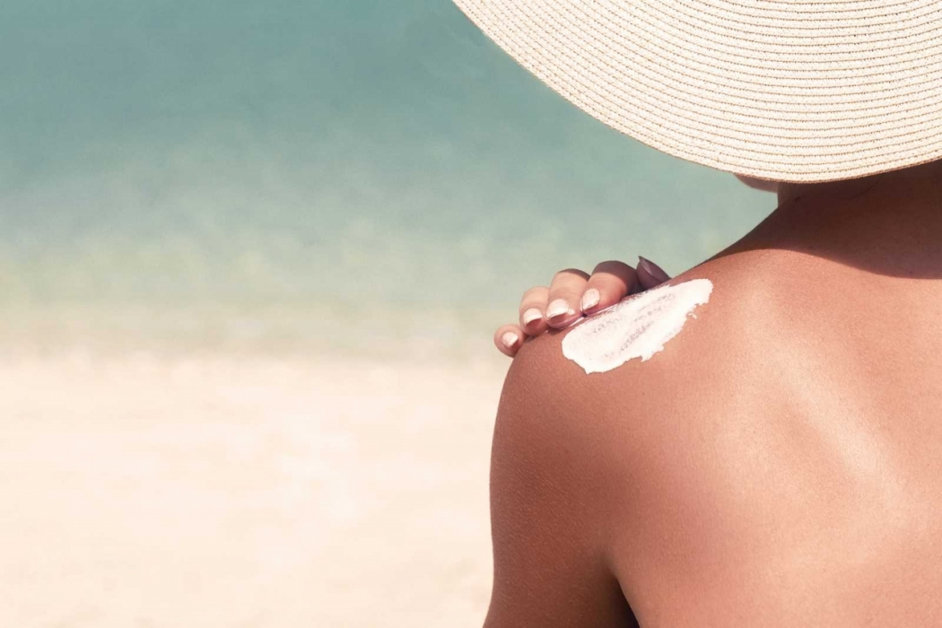The Lowdown on SPF Sunscreens - Plus 5 Natural Options to Try!