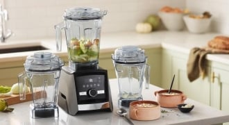 To Invest In A High-Powered Blender Or Food Processor? Here's Our Pick