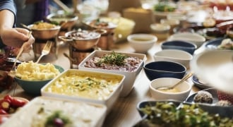 Hosting A Raya Open House? Go Healthy This Year!