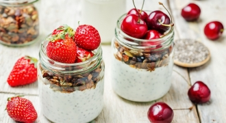 Chia Pudding Breakfast Jars (VIDEO)