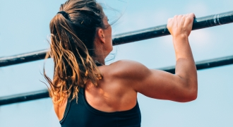 5 Tips To Help You Do Your First Unassisted Pull Up