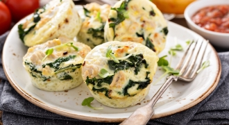 Spinach & Basil Egg Cups With Pico De Gallo To Shake Up Your Morning Routine