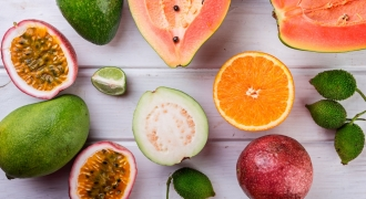 4 Reasons Why You Should Eat Seasonal Fruits