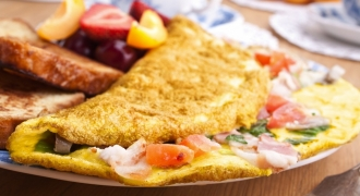 Now You Can Have Korean For Brekkie - Kimchi Omelette