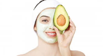 10 Natural Home-Made Beauty Solutions