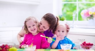 The Secret to Cooking Healthy Meals for Baby, Toddler and Mama
