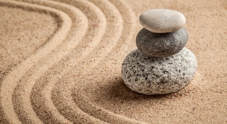 How Meditation Can Help You Reach Your Weight Goals