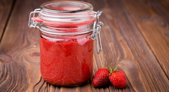 Let's Jam! Healthy Homemade Strawberry Jam