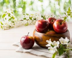 Why Apples Aren't Just Amazing In Pies And Juices