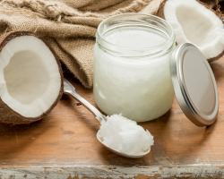 Coconut Oil – The Health Halo Effect