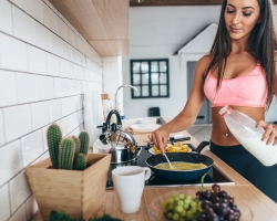To Eat Before Or After A Workout? Here's How To Properly Fuel A HIIT Sesh