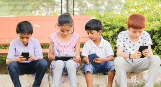 Helping Your Kids Cope With Distractions