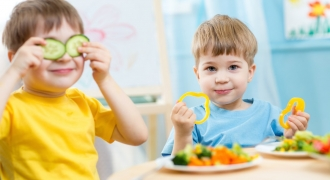 Food Presentation Can Help Your Child Eat His Veggies, Says Study