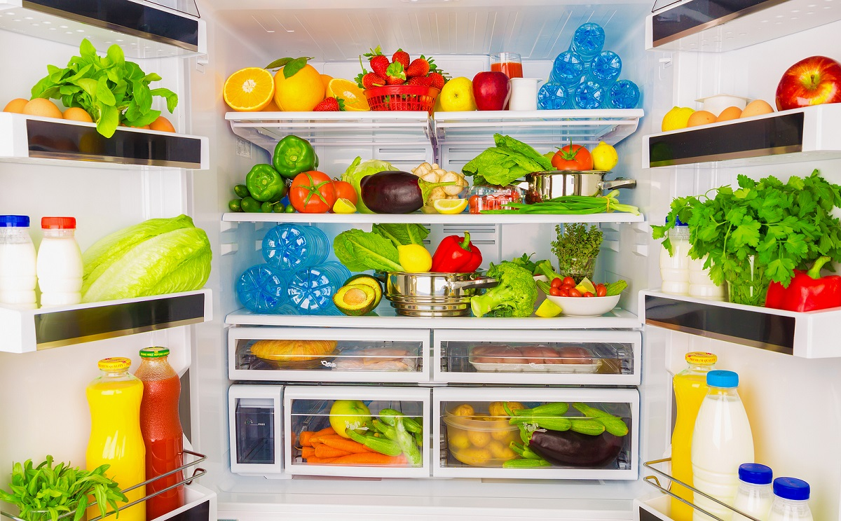 Cleaning Your Kitchen? Don't Forget Your Refrigerator!