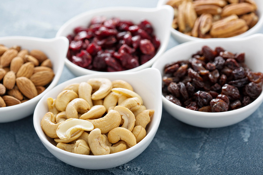 To Snack Or Not To Snack? Our Nutrition and Fitness Expert, Marissa Parry Shares